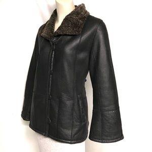 Jackets & Blazers - AMAZING leathe/shearling coat